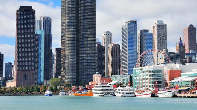 Student performance tours to Chicago Navy Pier