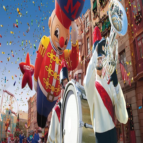 Students performing in Macy's Thanksgiving parade