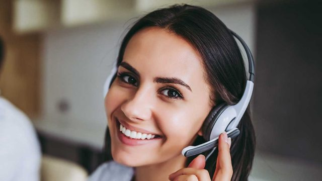 answering service front office staff